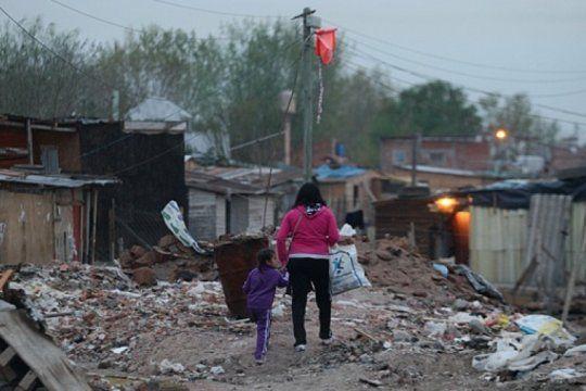 casi la mitad de la poblacion del conurbano bonaerense no llega a fin de mes