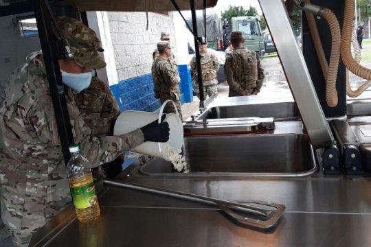 el ejercito desembarco en la matanza para brindar apoyo ante la emergencia por el coronavirus