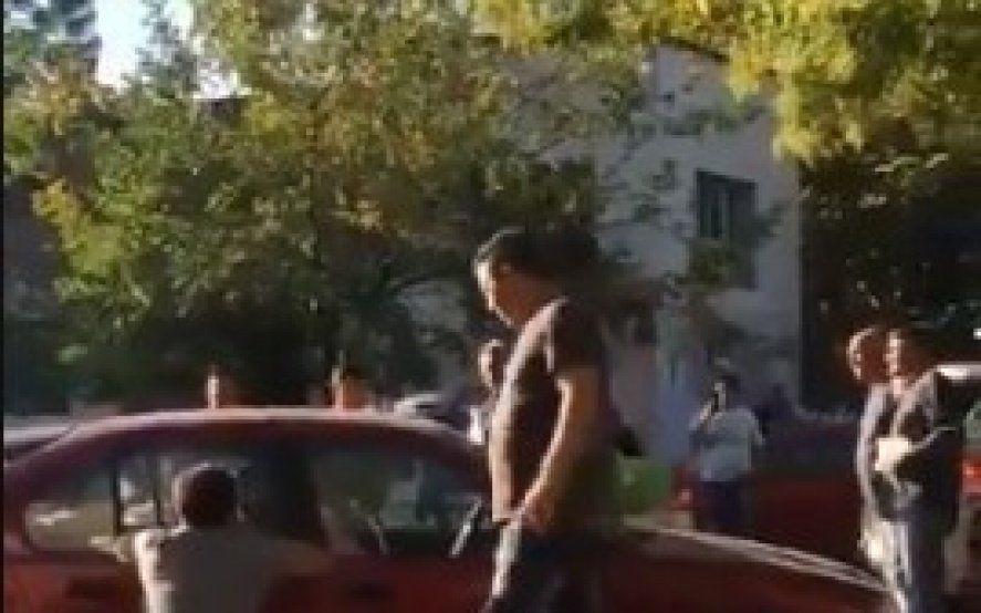 Repudiable: Dejó a su hijo autista encerrado en el auto y quedó demorada