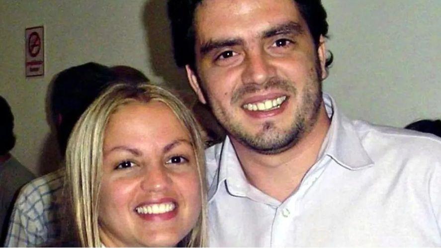 Carolina Píparo junto a su hermano