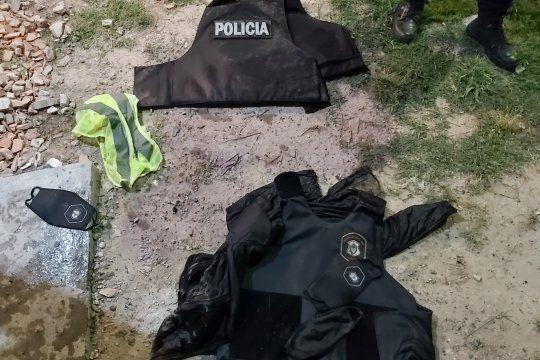 A los detenidos le secuestraron chalecos antibalas de la Policía