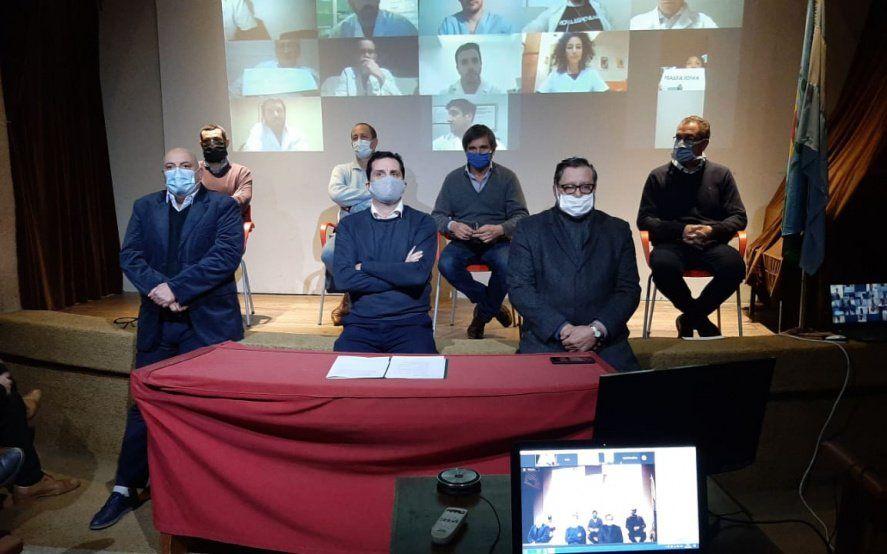 Médicos platenses rompen la cuarentena para protestar contra IOMA y se comparan con el caso Vicentin