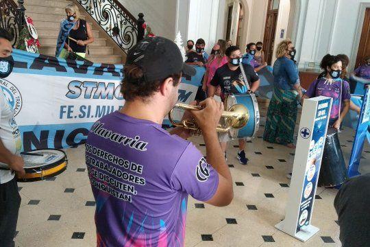 olavarria: municipales apuran a galli por personal precarizado