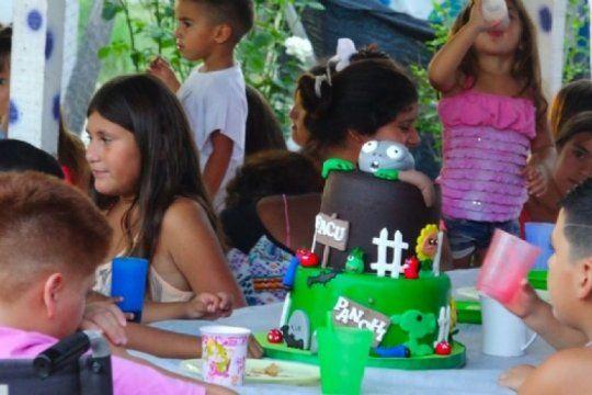 sin torta no hay cumpleanos: una idea para darle una sonrisa a los pibes que ?llena el alma?