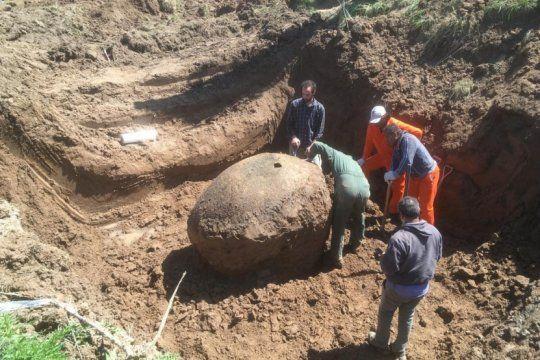 hallazgo historico en ezeiza: rescataron fosiles de un gliptodonte con mas de 10 mil anos de antigüedad