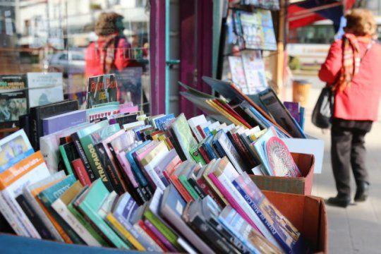 cierre de la ?semana del libro?: lectura, musica, juegos y muchas actividades en plaza malvinas