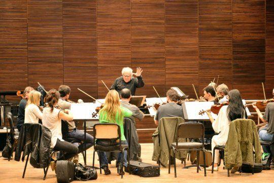 con entrada gratuita, llega una nueva presentacion de la orquesta de camara en el coliseo podesta