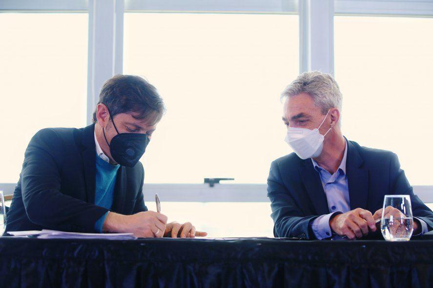 Kicillof firmó acuerdos en el puerto de Mar del Plata