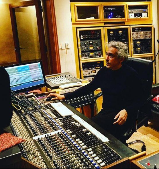 Eduardo Herrera, ingeniero de sonido y producción de audio en Momo Sampler