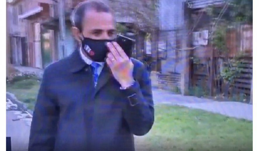 Video: Le robaron el celular a un periodista en vivo
