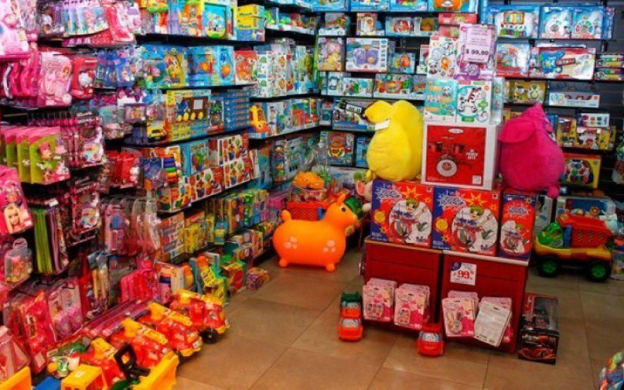Día del Niño devaluado: más del 60% de los comercios retrajo sus ventas