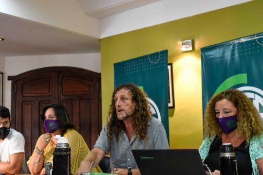 Oscar De Isasi, pide un lugar en estas elecciones