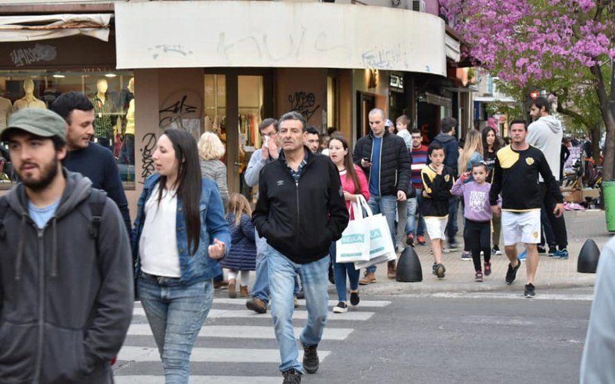 Se lanza el Mercado Gourmet en La Plata, con descuentos de hasta el 40% por el Día del Padre