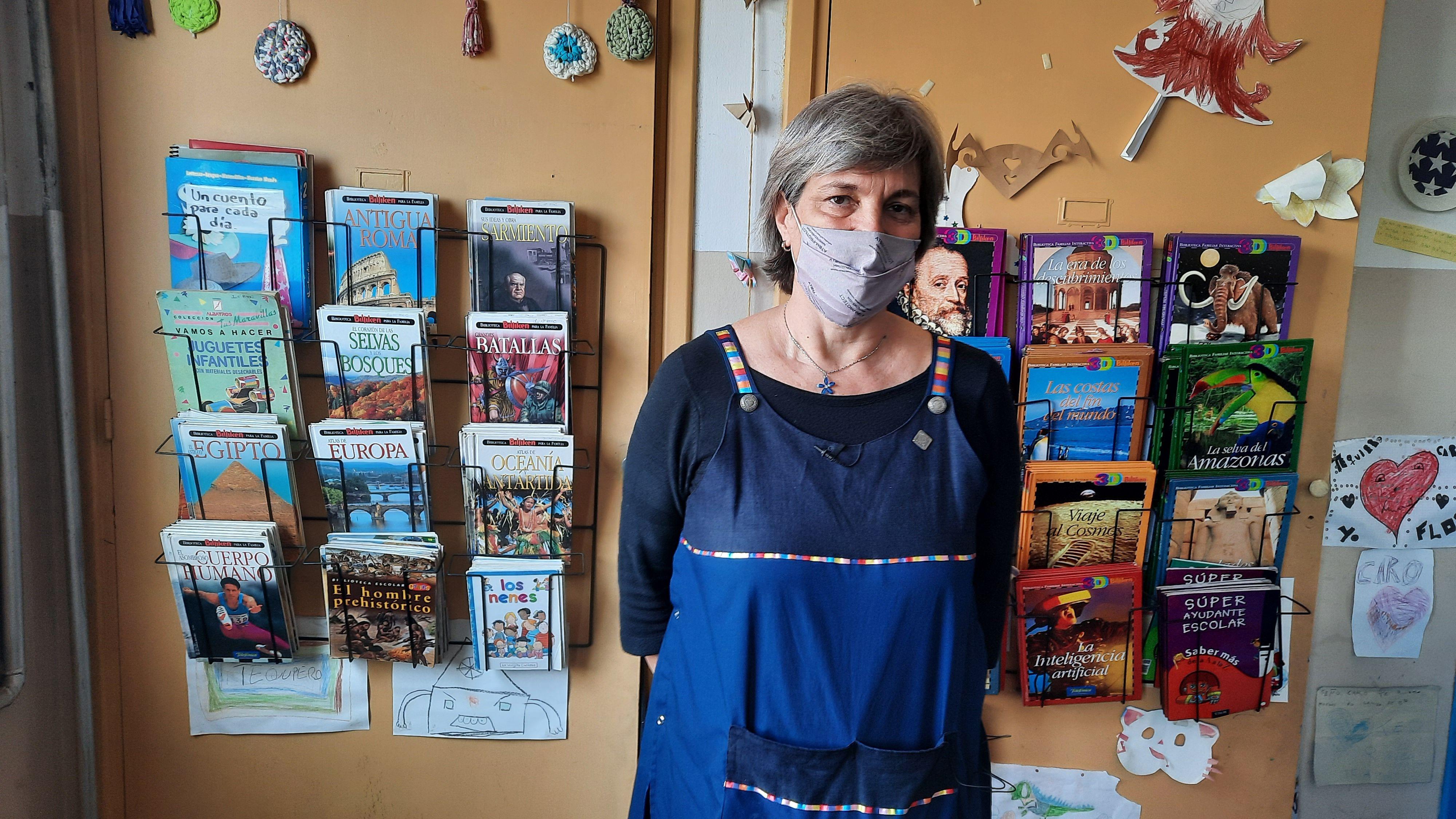 Ana María Stelman enseña en la escuela primaria N°7 del barrio Hipódromo de La Plata