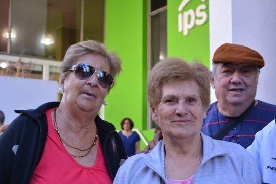 jubilados y pensionados del ips comienzan a cobrar el haber de junio junto al aguinaldo