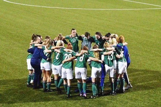 En Irlanda el fútbol femenino dio un paso importante en pos de la igualdad.