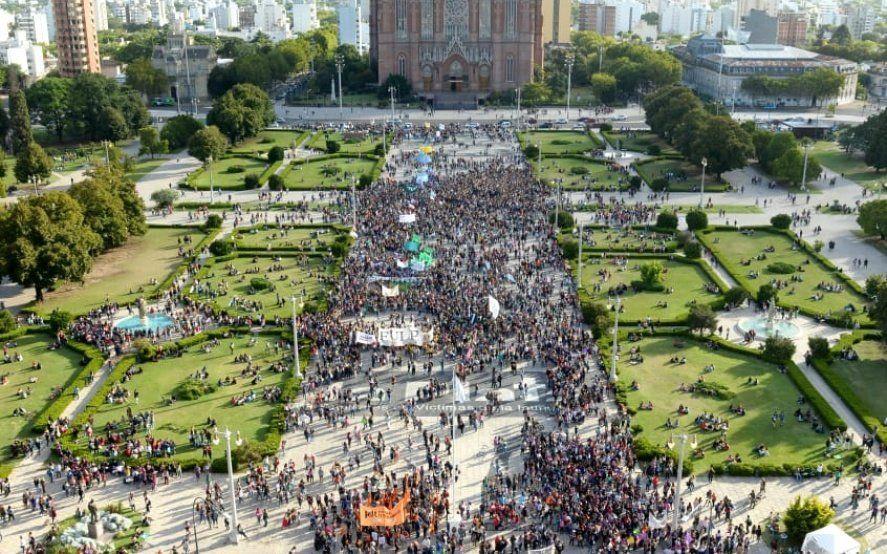Por el 34 ENM en La Plata refuerzan la cantidad de agentes de tránsito en las calles