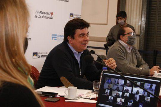 espinoza, empresarios y la cgt acordaron crear una mesa de dialogo para la reactivacion economica