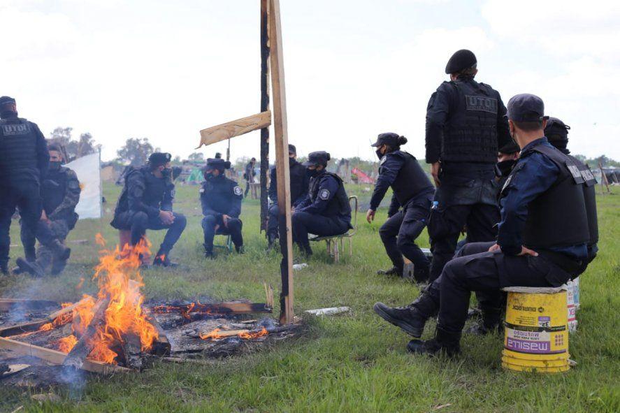 La policía bonaerense reprimió en el marco del desalojo en Guernica