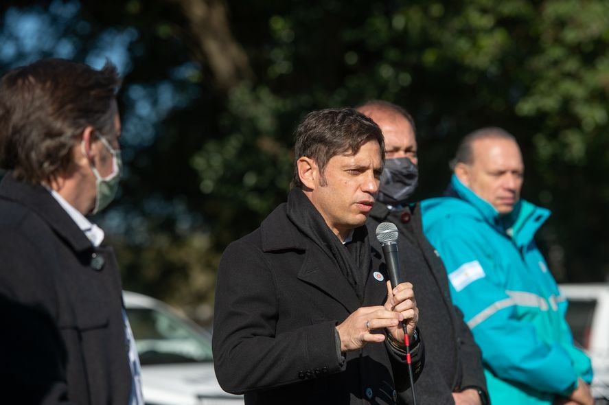 Axel Kicillof entregó patrulleros en San Miguel