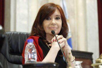 Cristina usa twitter casi exclusivamente para cuestionar los fallos de la Cámara Federal Porteña.