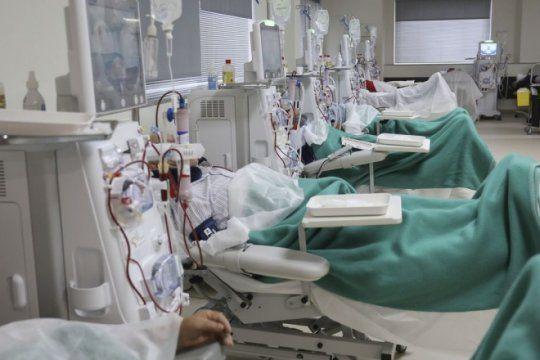 por ajuste en salud, 180 centros de dialisis no recibiran nuevos pacientes y hay riesgo de muerte