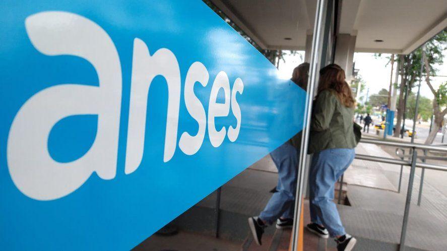 ANSES continúa este jueves 13 de mayo con su calendario de pagos.
