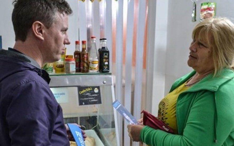Interna FpT en La Plata: Martelli junto a vecinos, productores y comerciantes