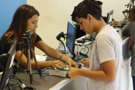 los jovenes de 15 anos pueden votar en las paso: que tramite hay que hacer y hasta cuando hay tiempo