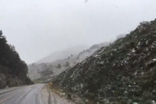 nevo en el parque provincial tornquist pidieron precaucion a quienes circulen por la ruta 76