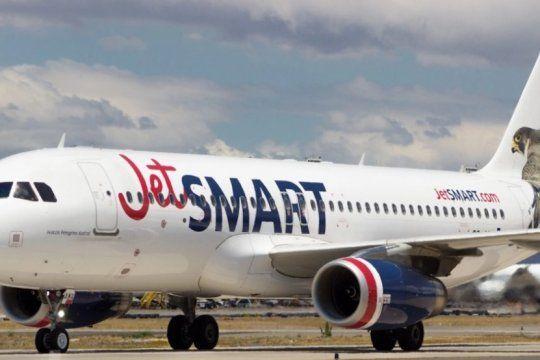jetsmart en el palomar: denuncian que la low cost vuela con una licencia de dudosa legalidad