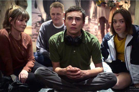 Imagen de la serie Atypical donde el protagonista convive con Síndrome de Asperger
