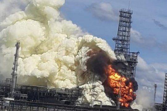 Fuego en la refinería de Campana: un incidente generó pánico en la población