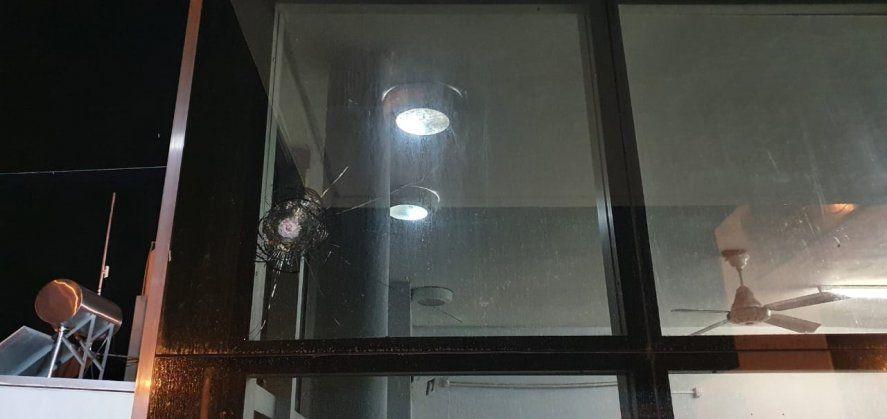 Crimen, detenciones. intento de venganza y tensión en una comisaría