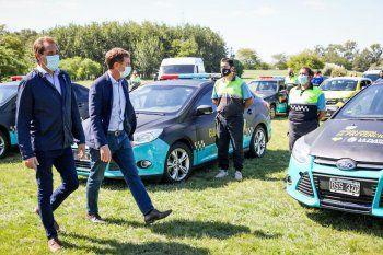 Diego Santilli y Julio Garro presentaron nuevos móviles para la Guardia Urbana de La Plata.