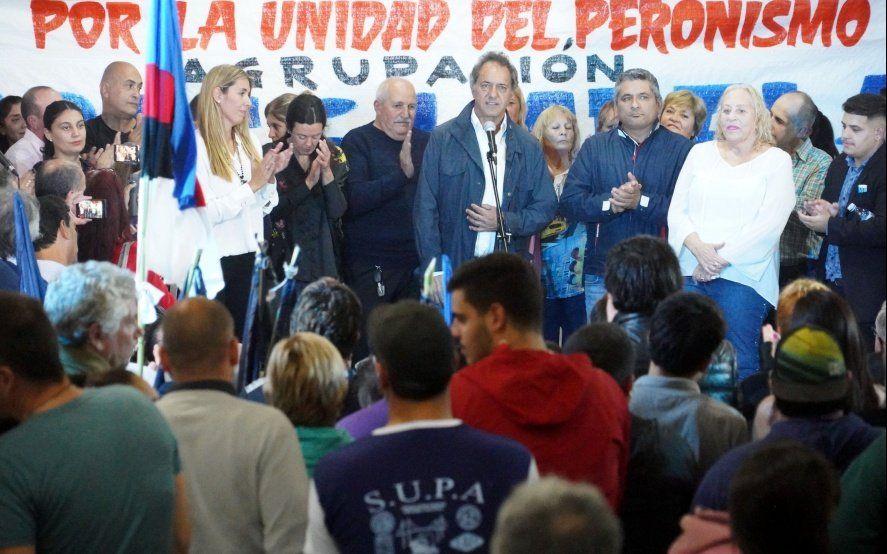 Scioli también presentó su libro y aseguró que en diciembre va a ganar la gente